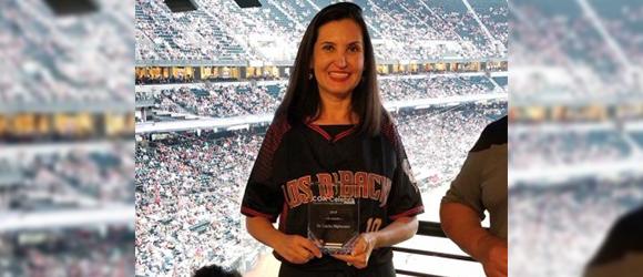 Dr Lupita Hightower receives Cox Celebra Recognition