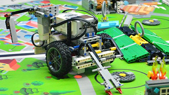 Tolleson Parks and Rec Lego Robotics Club